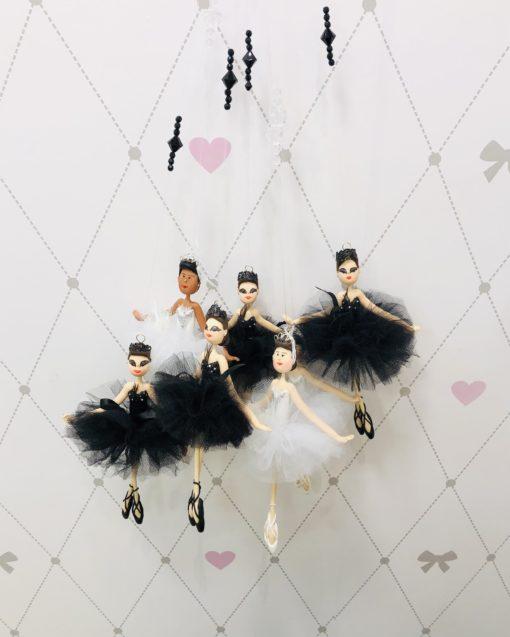 Boneca Bailarina Biscuit Odile e Odette